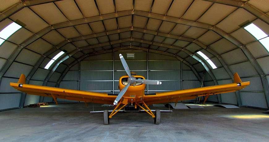 Pavilhão Metálico Industrial Hangar Interior Aeronave Cor de Laranja Frisomat