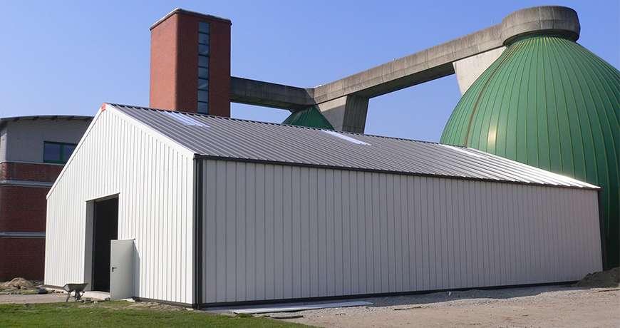 Pavilhão Metálico Industrial Branco Químicos Segurança Exterior Frisomat