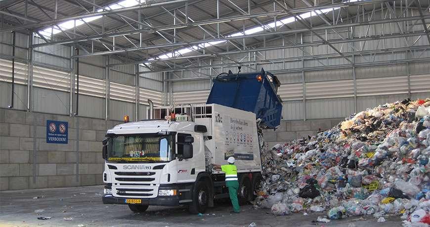 Pavilhão Metálico Unidade Industrial Reciclagem Camião Frisomat