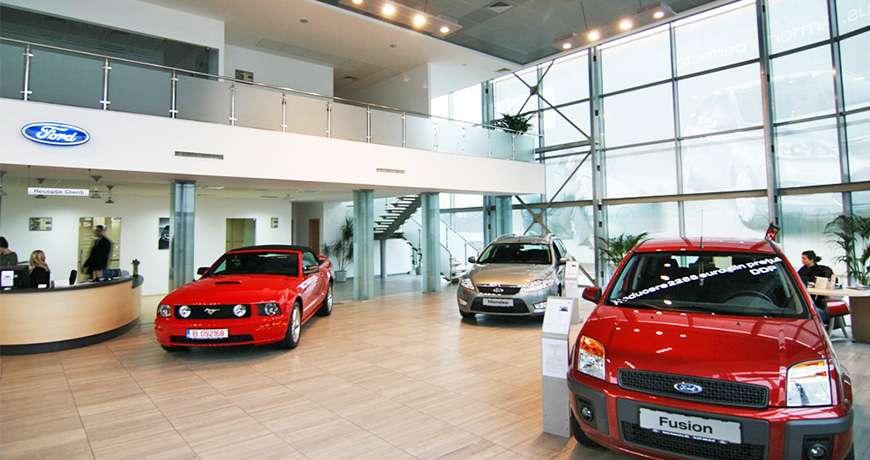 Pavilhão Metálico Industrial Salão de Exposição Garagem Interior Frisomat