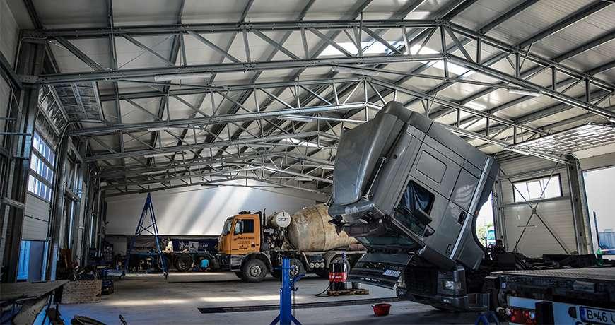 Pavilhão Metálico Industrial Salão de Exposição Garagem Interior Camião Frisomat
