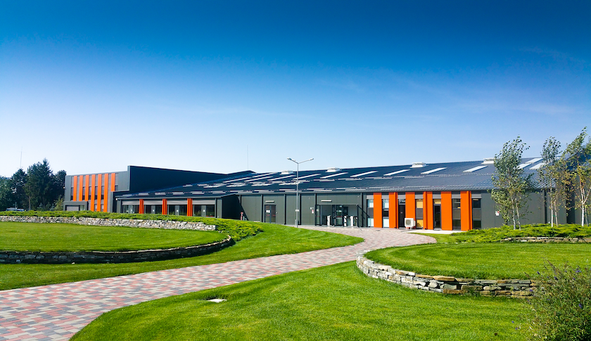Pavilhão Industrial Preto Exterior Frisomat