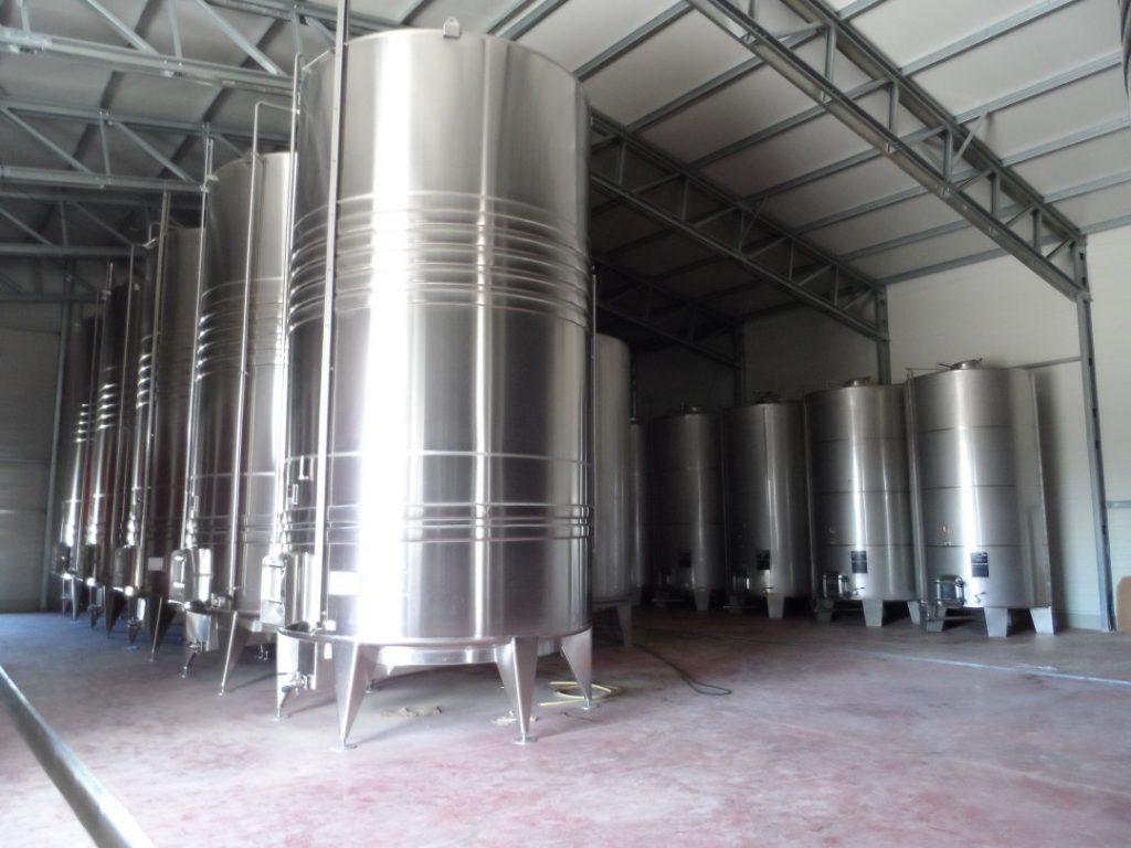 montar cave de vinho