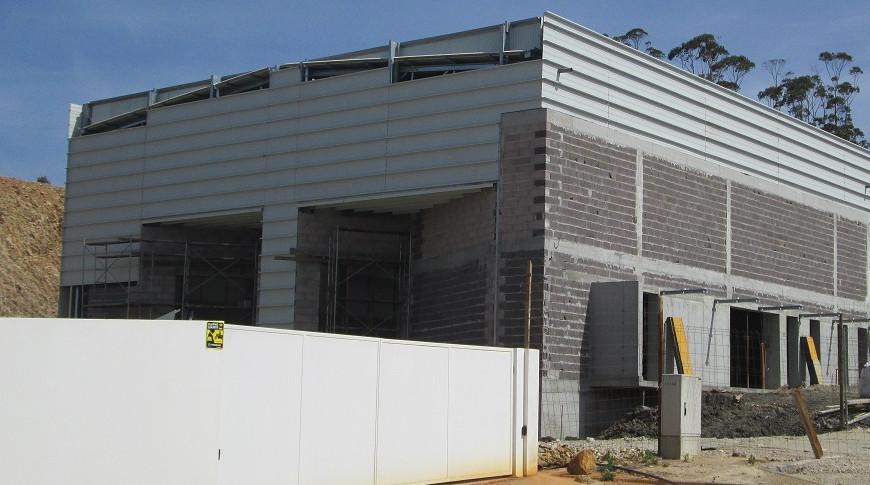 construção pavilhão metálico