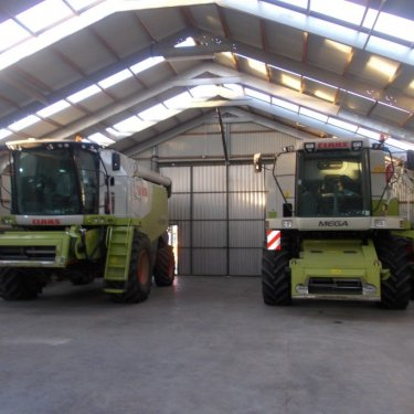 what is an agricultural storage building